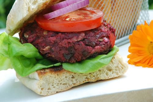 Beetroot and chilli burgers - BBQ Recipe