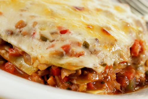 Lasagne with chestnuts and peppers